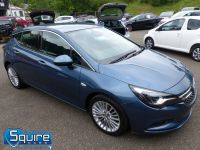 VAUXHALL ASTRA ELITE EDITION ** NAVIGATION + LEATHER + £20 TAX ** - 2266 - 11