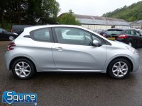 PEUGEOT 208 ACTIVE EDITION ** ZERO ROAD TAX ** - 2283 - 11