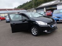 PEUGEOT 208 ACTIVE HDI ** FULL DEALER SERVICED ** - 2080 - 7