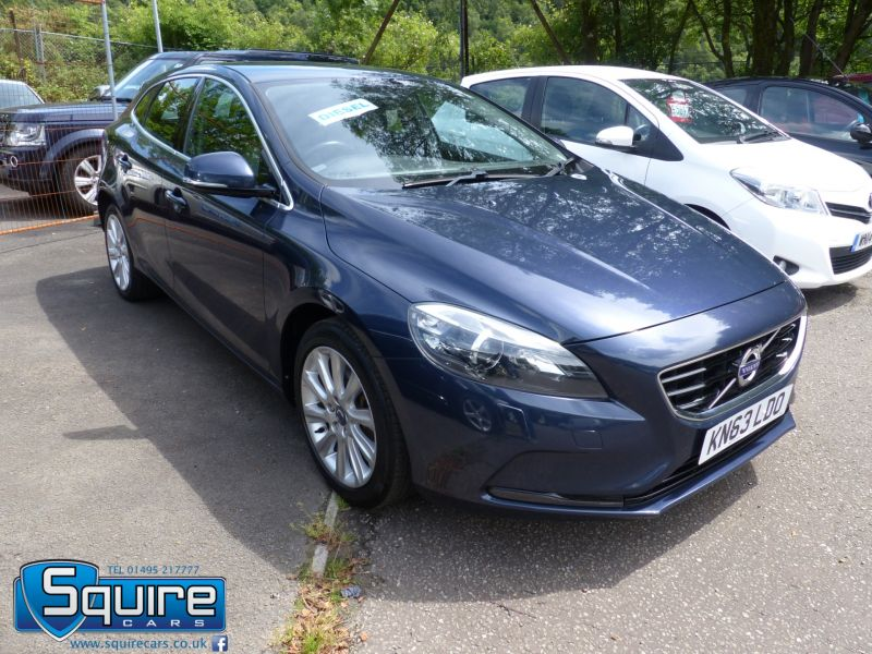 Used VOLVO V40 in Abertillery, Gwent for sale