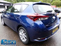 TOYOTA AURIS D-4D BUSINESS EDITION ** ONLY 20,000 MILES + NAVIGATION + £20 TAX** - 2302 - 16