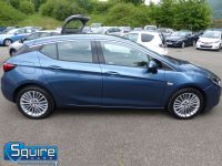 VAUXHALL ASTRA ELITE EDITION ** NAVIGATION + LEATHER + £20 TAX ** - 2266 - 19