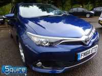 TOYOTA AURIS D-4D BUSINESS EDITION ** ONLY 20,000 MILES + NAVIGATION + £20 TAX** - 2302 - 24
