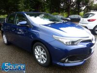 TOYOTA AURIS D-4D BUSINESS EDITION ** ONLY 20,000 MILES + NAVIGATION + £20 TAX** - 2302 - 28
