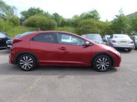 HONDA CIVIC I-DTEC SR ** NAVIGATION + GLASS PAN ROOF ** - 1951 - 7