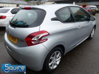 PEUGEOT 208 ACTIVE EDITION ** ZERO ROAD TAX ** - 2283 - 17
