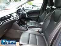 VAUXHALL ASTRA ELITE EDITION ** NAVIGATION + LEATHER + £20 TAX ** - 2266 - 14