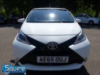 TOYOTA AYGO VVT-I X-PLAY ** COLOUR NAVIGATION - 1 OWNER ** - 2278 - 7
