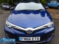 TOYOTA AURIS D-4D BUSINESS EDITION ** ONLY 20,000 MILES + NAVIGATION + £20 TAX** - 2302 - 7