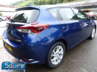 TOYOTA AURIS D-4D BUSINESS EDITION ** ONLY 20,000 MILES + NAVIGATION + £20 TAX** - 2302 - 3